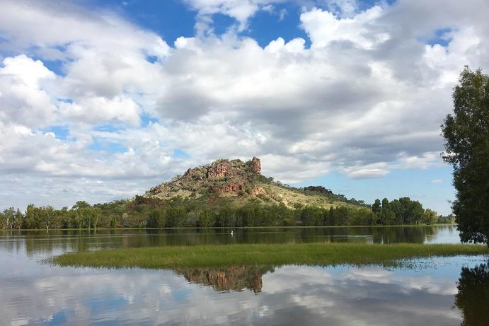 Chinaman Creek Dam | Five of the best free-family activities in Outback Queensland