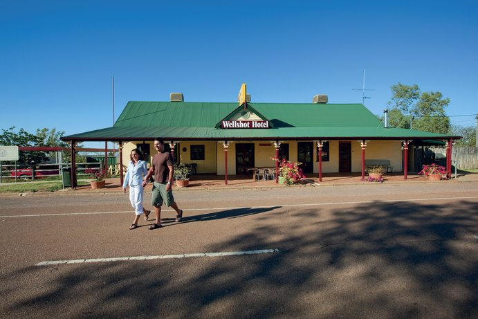Wellshot Hotel | 15 of the best places to experience an Outback menu