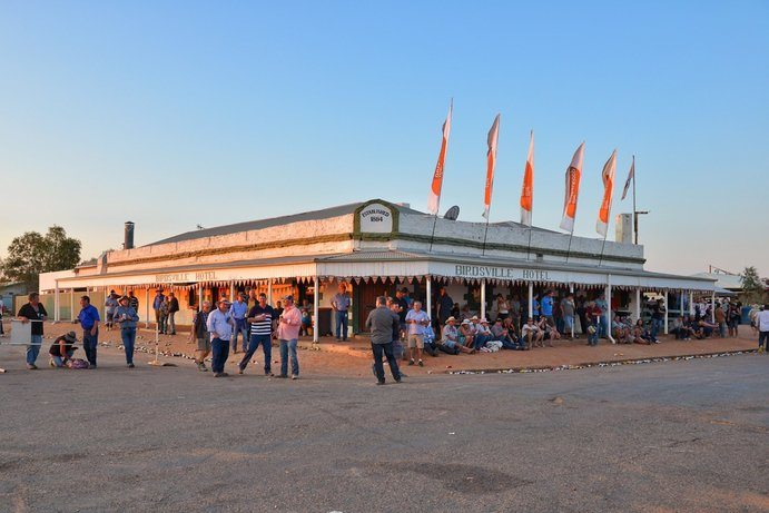 Birdsville Hotel |9 4WD tracks to throw some dust up in Outback Queensland