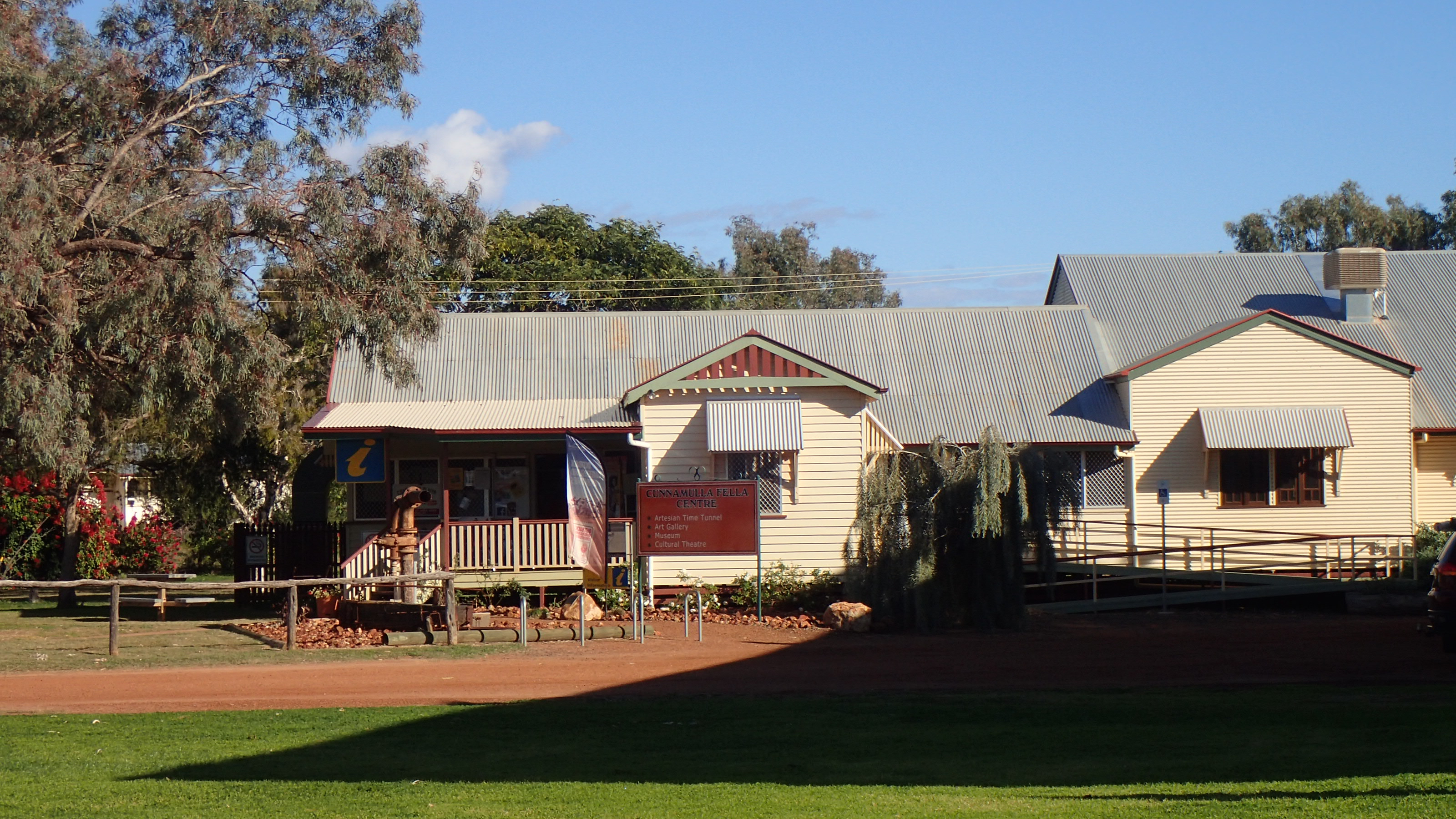 cunnamulla chat sites At the end of the day enjoy a game of tennis or a chat with your host  cunnamulla cottage accommodation – originally an early settler's cottage, has now .