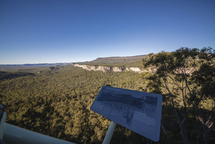 Boolimba Bluff | 9 more Outback Queensland lookouts you need to visit