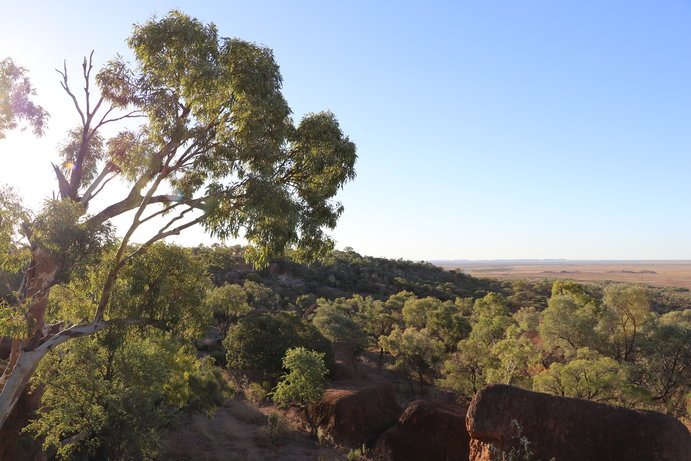 Australian Age of Dinosaurs | 9 more outback queensland lookouts you need to visit