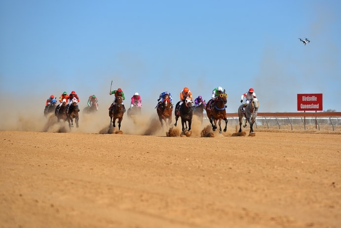 Birdsville | 5 Reasons to Fly to Outback Queensland