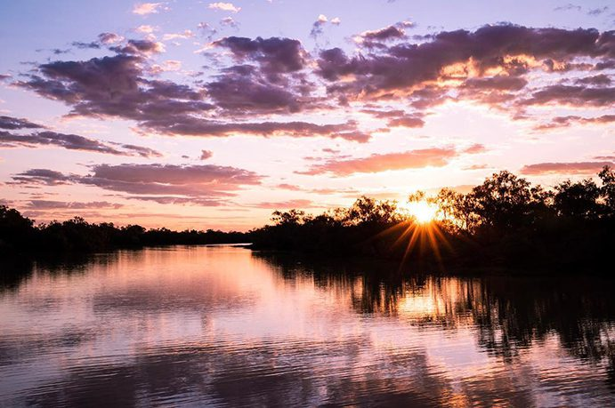 Sunset Thomson River | 5 best fishing spots in Outback Queensland