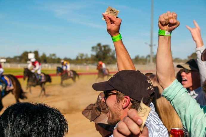 Roma Picnic Races | 11 things to do in Roma