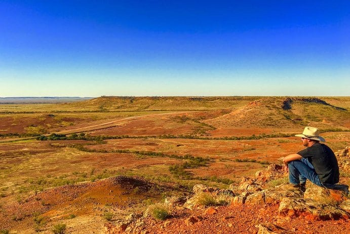 Deon's Lookout | 10 things to do in Birdsville